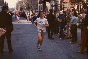 Jacqueline Hansen winning Boston Marathon