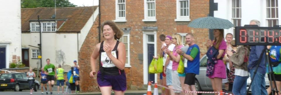 Madeleine running at the Caistor 10k