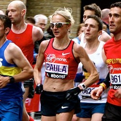 Paula Radcliffe running in the 2015 London Marathon